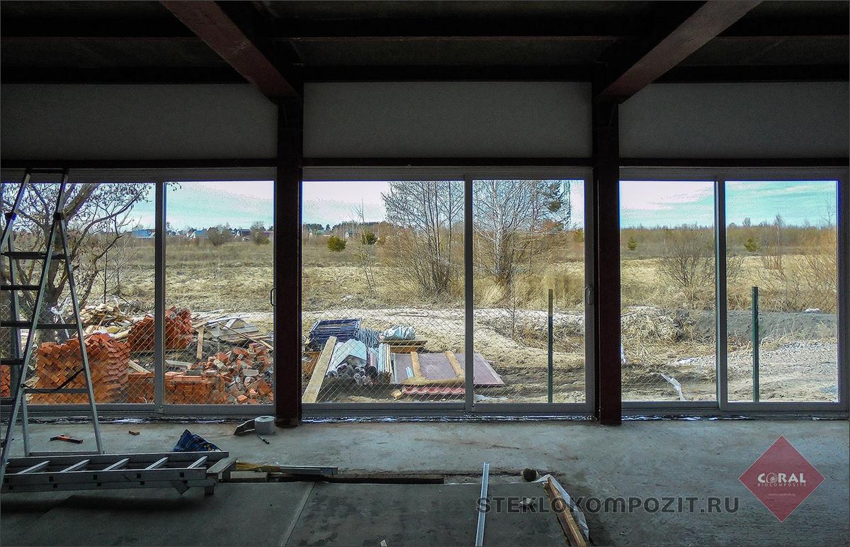 Длинные окна и длинные двери